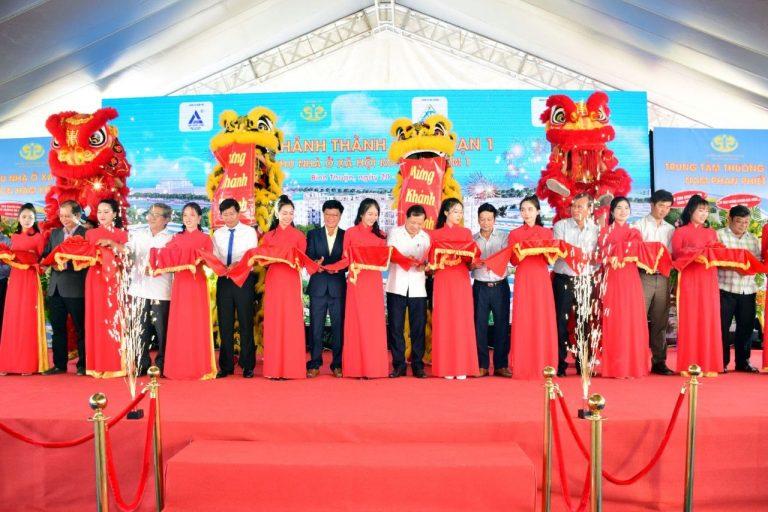 VTV1 (17h – 22/06/2020) – Phóng sự Lễ Khánh Thành NOXH Khu Công Nghiệp Hàm Kiệm 1 & Khởi công Trung tâm Thương mại Nam Phan Thiết